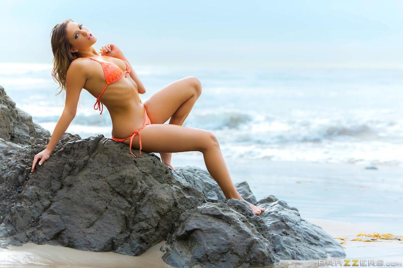 Brazzers Mia Malkova in Stretch My Ass 3