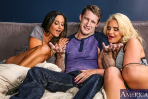 Naughty America Ava Addams & Phoenix Marie in My Friend's Hot Mom 3