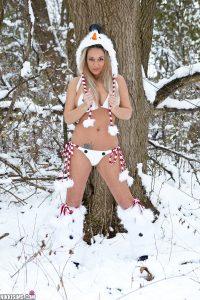 Nikki Sims Frosty Nips 2
